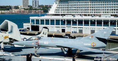 2014-09-05 USS Intrepid -3497