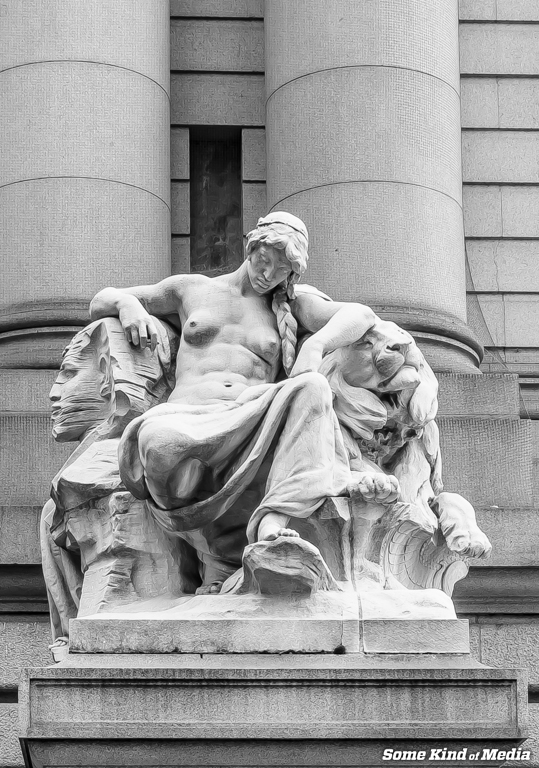 2014-11-29 Federal Hall-00555